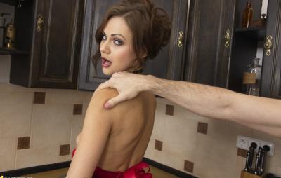 Анал с женой на кухне 11 фото