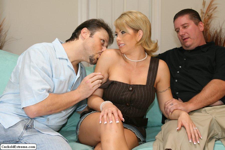Секс женат чужвой муж