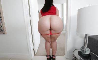 Девушка с большой сочной жопой 6 фото