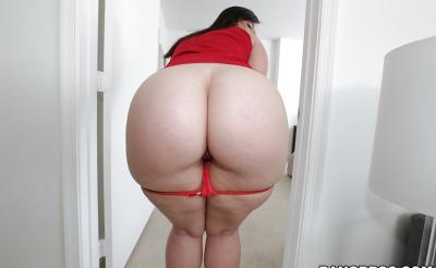 Девушка с большой сочной жопой 7 фото