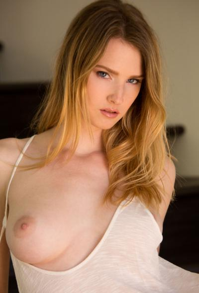 Молоденькая модель Ashley Lane 10 фото