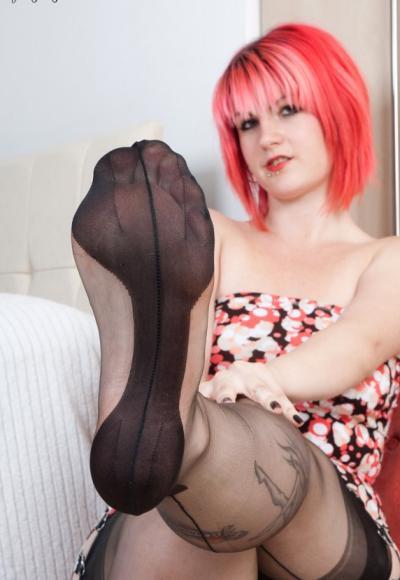 Фетиш ног крупным планом 4 фото