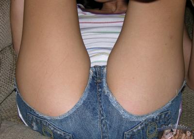Голенькая молодая девушка 6 фото